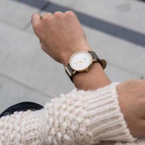NEW Minimalist Unisex Classic Timex
